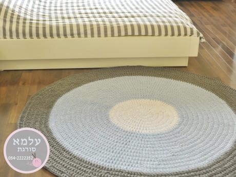 שטיח טריקו סרוג בעבודת יד לפי הזמנה